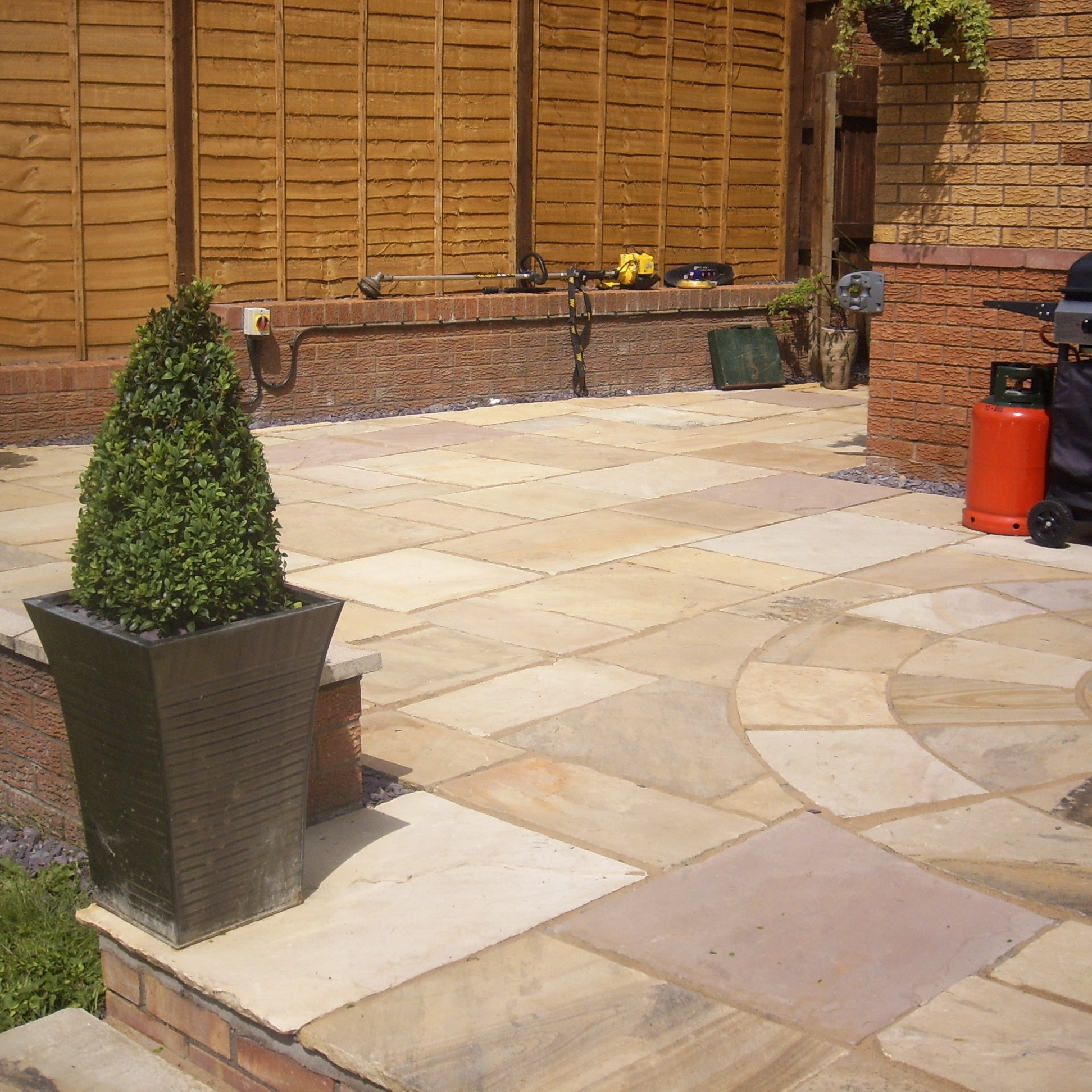 Fossil Mint Indian Sandstone Natural 22mm Calibrated Patio Paving Slabs Pack 15.5m2