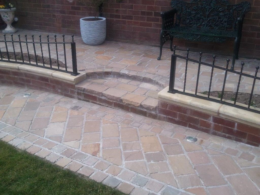 Raj Green Indian Sandstone Natural Paving Cobbles 10cm x 10cm