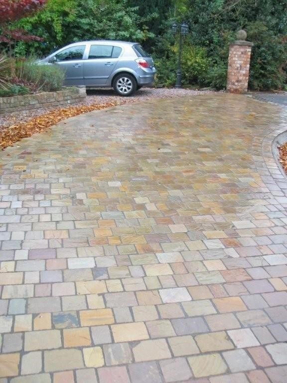 Raj Green Indian Sandstone Natural Paving 3 Size Setts