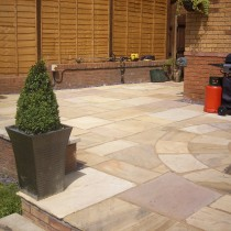 Fossil Mint Indian Sandstone Natural 22mm Calibrated Patio Paving Slabs Pack 18.5m2